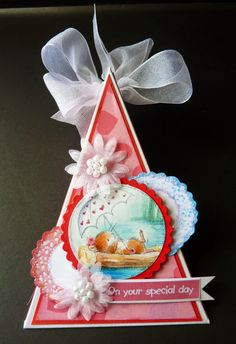 Triangle gift box using the Moonbeam Meadows CD from Crafter's Companion