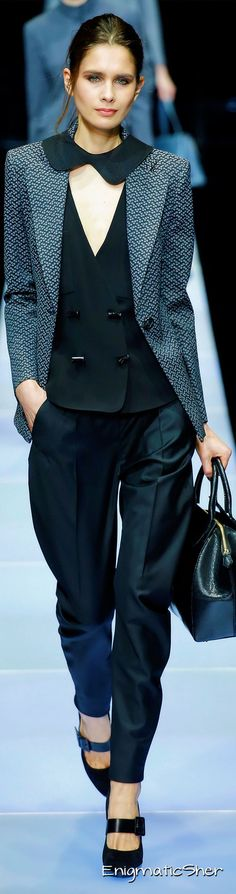 GIORGIO ARMANI Winter 2016 Ready-To-Wear