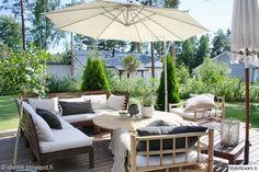 ikea,puutarha,terassi,puutarhakalusteet,oliivipuu
