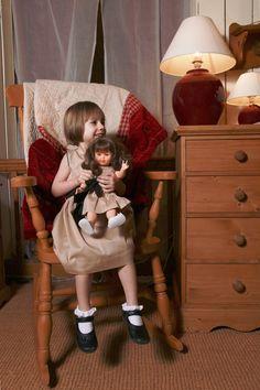 Même en week end à la campagne, jamais sans ma poupée Amy Dolly !