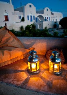 Night views of Oia village. Santorini island, Greece - Selected by www.oiamansion.com