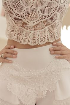 Posts na categoria Promoção Categoria de Mariana Rios Needle Lace, Beautiful World, Lace Shorts, Crochet Top, Ideias Fashion, Beige, Fashion Outfits, Clothes, Color