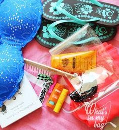 What's in my bag - Appunti di una blogger per caso: Tag: The Sweet Juicy Summer Challenge - My beach/p...