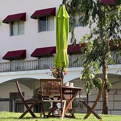 Abba Patio 8 Ft Square Outdoor Solar Powered 32 LED Cantilever Crank Lift Patio  Umbrella With Base, Coffee This Aluminum Patio Umbrella With Lightu2026