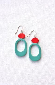 Teal red funky earrings retro colorful door debroervandevogel, €20.00