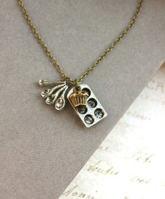 A Chef Necklace. For the cook in your family:)