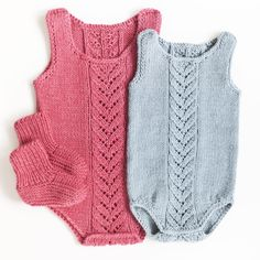 «To favoritter #knit #knitwear #body #dalegarn #babyclothes #justbaby #littleshabbyy #kidsinspiratiion #ministil #strikk»