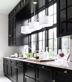 Chic Black Kitchen