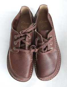 Clarks Desert Boot, Desert Boots, Blue Shoes, Men's Shoes, Clarks Shoes Mens, Shoes World, Clarks Originals, Mens Fashion Shoes, Loafers Men