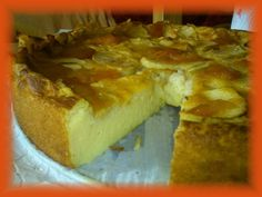 Una Cremosissima Torta di Mele, senza zucchero e burro... Buona, semplice, e che più dietetica non si può! Procedimento Classico e Procedimento con Bimby..