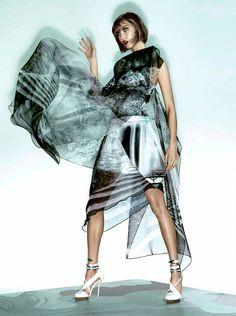 Vogue Brasil November 2013 | Karlie Kloss | Henrique Gendre