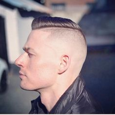 Haare Which Future For South-east Queensland? Mohawk Hairstyles Men, Hot Haircuts, Latest Hairstyles, Disconnected Haircut, Beard Haircut, Faded Hair, Bald Fade, Shaved Sides, Great Hair