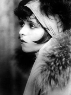 #lulufrost, #letsbringback The lovely Clara Bow.
