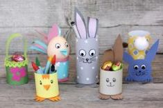 Tvoříme s dětmi a pro děti Easter Arts And Crafts, Easter Activities For Kids, Spring Crafts, Preschool Crafts, Diy And Crafts, Paper Flower Backdrop, Paper Flowers, Diy For Kids, Crafts For Kids