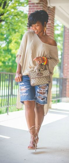Cool Jeans Shorts Outfits For This Summer Black Women Fashion, Look Fashion, Trendy Fashion, Fashion Outfits, Womens Fashion, Fashion Trends, Jeans Fashion, Fashion Vest, Classy Fashion