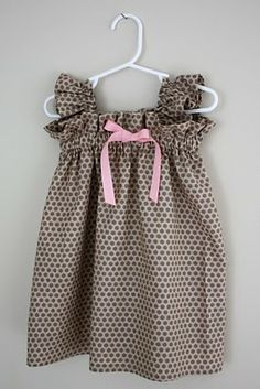 Pink and brown dress. This kind of dress is  super easy but really cute!