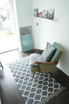 ? passt..., Tags Impressionen + Alter Sessel + Teppiche + IKEA Bilderleiste