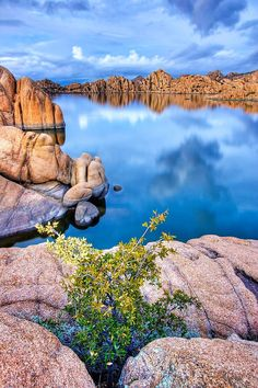 A lovely spring day at Watson Lake in Prescott.