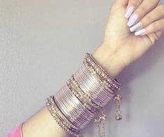 silver bracelets for bridesmaids Indian Bridal Jewelry Sets, Indian Jewelry Earrings, Bridal Bangles, Silver Jewellery Indian, Jewelry Design Earrings, Gold Earrings Designs, Hand Jewelry, Indian Bangles, Tassel Jewelry
