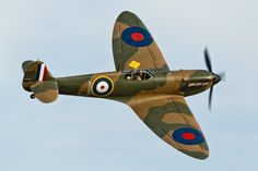 Ww2 Fighter Planes, Ww2 Planes, Fighter Aircraft, Fighter Jets, Ww2 Aircraft, Military Aircraft, Spitfire Model, Supermarine Spitfire, The Spitfires