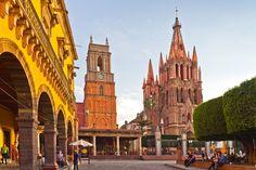 En 2016 el estado recibió 25.1 millones de turistas nacionales e internacionales, lo que marcó un crecimiento anual de 11%,y una derrama económica de 83,500 millones de pesos, dijo Fernando ...