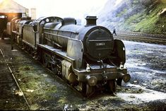 """31863 Maunsell """"N"""" class at Redhil Shed on the March Photo by Ron Bowyer Southern Trains, Uk Rail, Trans Siberian Railway, Steam Railway, Southern Railways, Abandoned Train, Railway Posters, Train Pictures, British Rail"""