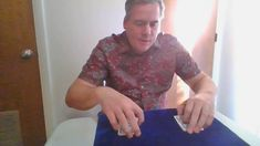 Free Magic Tricks - 8 QUEENS OIL & WATER Learn Card Tricks, Learn Magic Tricks, Magic Book, Magic Art, Book Of Changes, Close Up Magic, Oil Water, Queens, Men Casual