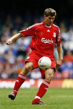 Steven Gerrard plots Europa League win and tells Liverpools Liverpool Poster, Liverpool Fc, Liverpool Football Club, Zinedine Zidane, Steven Gerrard Liverpool, Chelsea Fc, Tottenham Hotspur, This Is Anfield, European Soccer
