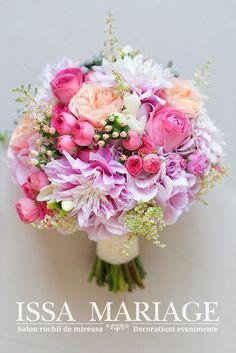 Wedding Bouquets, Wedding Cakes, David Austin, Pink, Floral Wreath, Wreaths, Decor, Boyfriends, Bridal Bouquet Red