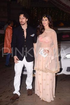 Tiger Shroff and gf Disha Patani look PERFECT together at Ambani's Ganpati bash! Bollywood Stars, Bollywood Fashion, Indian Dresses, Indian Outfits, Tiger Shroff Body, Disha Patni, Saree Photoshoot, Perfect Together, Indian Teen