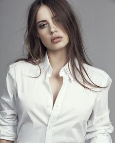 "👑TeamXenia👑 15k Xeniator👑 on Instagram: ""So cool 😍⚪ @xenia @chicoverdose #xenia #xeniatchoumi #xeniatchoumitcheva #teamxenia #xoxenia"" Elite Model, Xenia Tchoumitcheva, Diamond Face Shape, Model Outfits, Almost Perfect, White Shirts, Woman Face, My Girl, Russia"