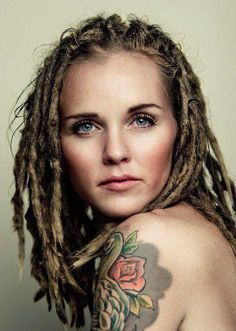 White dreads for Elise! Women With Dreadlocks, Beautiful Dreadlocks, White Girl Dreads, Dreads Girl, Dreadlock Hairstyles, Cool Hairstyles, Hairstyle Ideas, Hair Day, My Hair