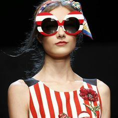 A VECES NOS VOLVEMOS LOCOS CON LAS GAFAS DE SOL  VIVA LA LOCURA !! #sunoptica #gafas #sunglasses #gafasdesol #occhialidasole #sunnies #dolcegabbana #nuevacoleccion #new #nosencanta #novedades #moda #tendencias #fashion #atrevida #gafasnuevas #gafasmolonas #optica #eyewear #instagood #instaglasses #iloveglasses