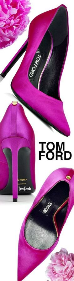 ❇Téa Tosh❇ TOM FORD, CLASSIC SATIN PUMP