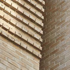 Inspiration Friday - the beautiful Kirchkimmen Waterstruck Binz 430 brick.  #claybrick #brickinspiration #brickveneer #bricklovers #brickwall #inspirationbywienerberger Brick Wall, Friday, Clay, Wood, Inspiration, Beautiful, Clays, Biblical Inspiration, Woodwind Instrument