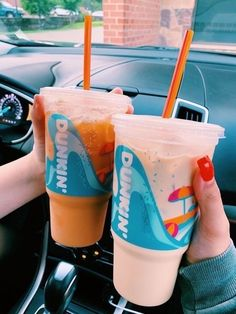 See more of happinessinpixels's VSCO. Dunkin Donuts Coffee, Iced Coffee, Coffee Drinks, Aesthetic Coffee, Aesthetic Food, Aesthetic Movies, Parfait, Coffee Pictures, Starbucks Drinks
