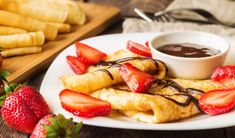 Gundel palacinky   Casprezeny.sk Gluten Free Crepes, Crepe Batter, Following A Recipe, Vanilla Whipped Cream, Clarified Butter, Almond Flour, Chocolate Fondue, Pancakes, Low Carb
