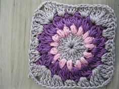 Sunburst Granny Square. Found my next granny square blanket