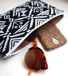 Black & White Jacquard Zipper Clutch
