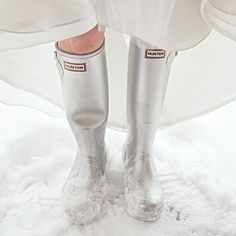 For her wedding in Jackson Hole, Wyoming, bride Dorothy tackled the snow in silver Hunter boots that stayed (mostly) hidden under her wedding dress. Winter Wedding Shoes, Wedding Boots, Winter Bride, Wedding Bride, Winter Weddings, Bride Boots, Wedding Attire, Gold Wedding, Wedding Dresses