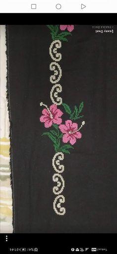 Cross Stitch Patterns, Brooch, Projects, Bath Linens, Cross Stitch, Napkins, Roses, Punto De Cruz, Dots