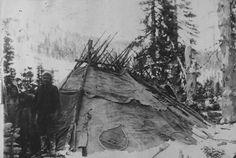 Wigwam Montagnais-Naskapi du Québec-Labrador (Innu) en hiver