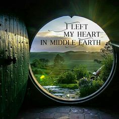 Left my heart in middle earth Legolas, Thranduil, Gandalf, Fellowship Of The Ring, Lord Of The Rings, Lotr Quotes, Bagginshield, O Hobbit, Hobbit Art