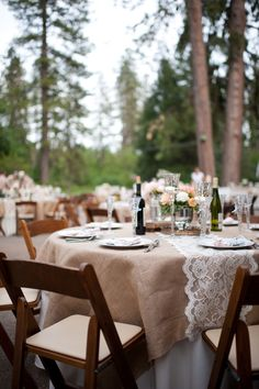 burlap & lace tables. Love