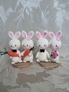 Happily ever after. Wedding bunnies pattern by Uljana Semikrasa