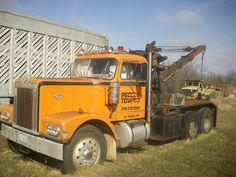 Diamond T Tow Truck