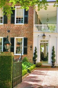 Charleston - perfect brick and shutter exterior with topiaries ♥ Exterior Design, Interior And Exterior, Beautiful Homes, Beautiful Places, Home Porch, Southern Homes, Southern Charm, Simply Southern, Southern Marsh
