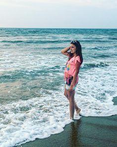 #colorful #cedunashellybeach #sandbars #tourism #sunset #southaustralia #eyrepeninsula #boats #saltwater #struisbaaihawe #2016 #plant #mar #conchas #nature #folha #feliz #natureza #tumblr #ceuazul #ceu #fotografa #oceano #eyeem #poesia #bluesky #praia #flower #lindeza #boatardee by miss.angeli