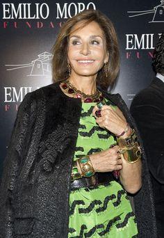 Nati Abascal en la presentación de las Bodegas Emilio Moro en diciembre de 2011 Richard Avedon, Older Models, Older Women Hairstyles, Glamour, Green Fashion, Carolina Herrera, Style Icons, Vintage Outfits, Stylists