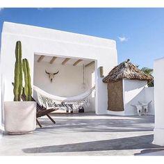 Beautiful exterior inspo this morning via @bisque__ #imagenotmine